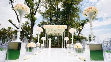 Неповторимый шик в любом интерьере, на празднике или на фотосессии – декоративные напольные вазы