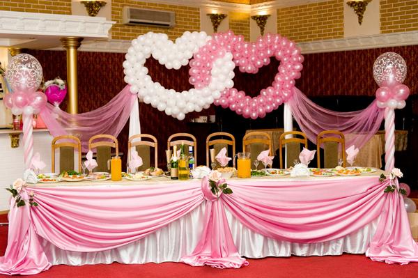 интерьер зала розовой свадьбы