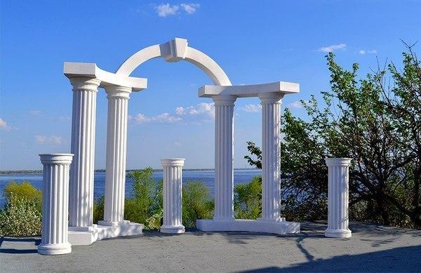 колонны и арка из пенопласта