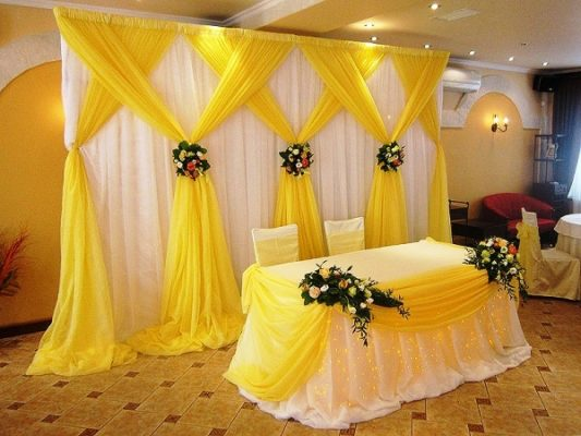 Оформление свадебного зала тканью