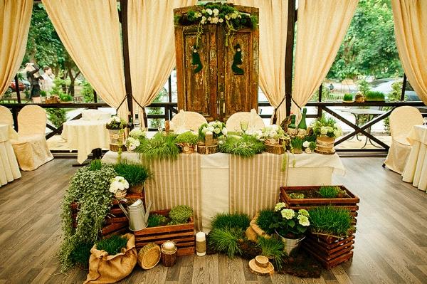 оформление свадебного зала в стиле эко