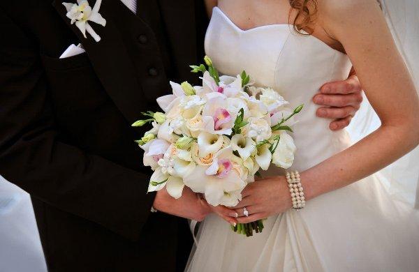 свадебный букет из орхидей