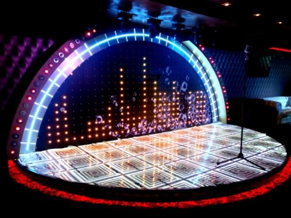 световое оформление сцены для выступления