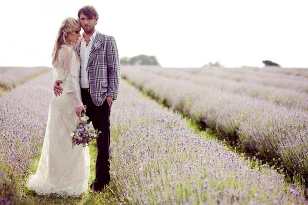 жених и невеста в стиле прованс