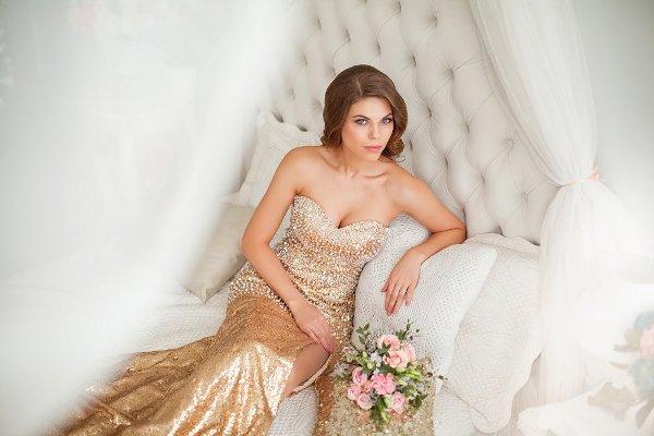 золотое платье невесты