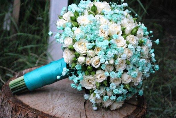 букет невесты для мятной свадьбы