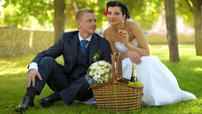 Вариант оформления летней свадьбы на природе – лучшее, что можно придумать