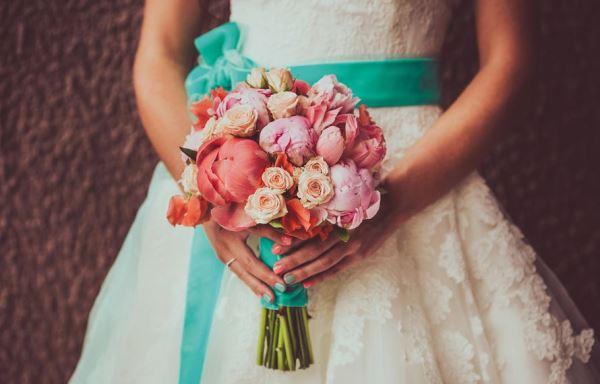 невеста на мятной свадьбе
