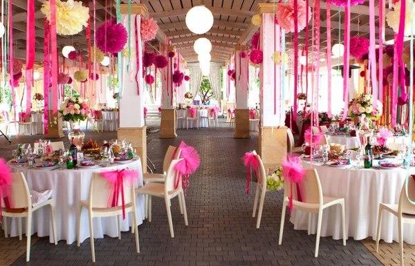 оформление свадебного зала лентами