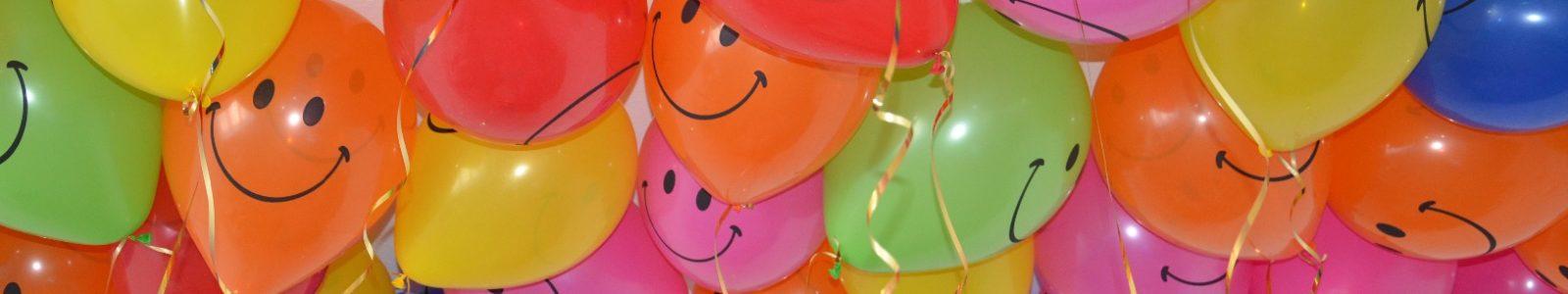 Самый яркий и веселый детский праздник: как использовать шары для выпускного в саду