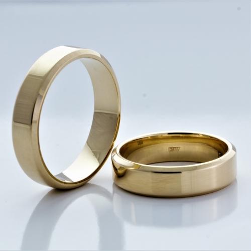 Какие обручальные кольца выбрать — классические или оригинальные?